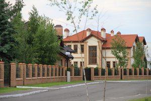 Дом на продажу в коттеджном городке Золоче