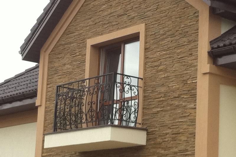 Дизайн балкона частного дома..