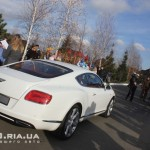 Bentley Continental GT вид с зади